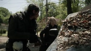 On the Inside- Leah's team arrive at Maggie's location- AMC, The Walking Dead