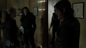On the Inside- Leah's team finds that the yellow house is empty- AMC, The Walking Dead
